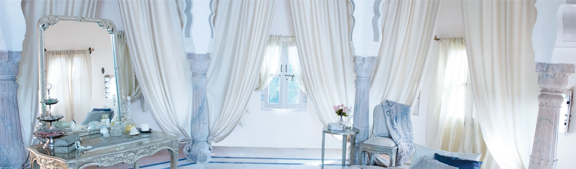 A global luxury home textile brand designed for the discerning.